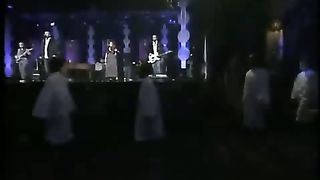 Casting Crowns I Heard The Bells On Christmas Day.Casting Crowns I Heard The Bells On Christmas Day Live